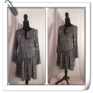 Collective Concepts Medium Dress Black and White
